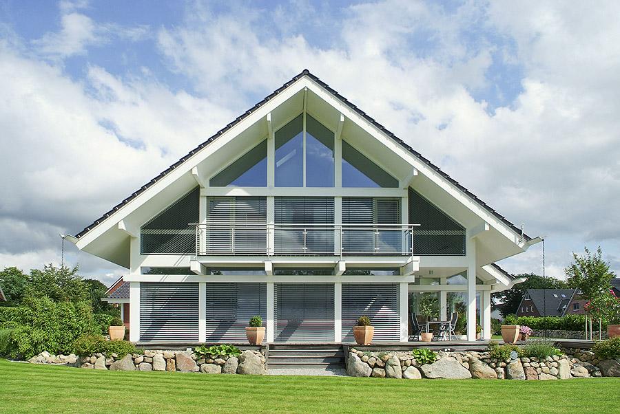 modernes fachwerkhaus suhr haus handwerkskunst seit 1918. Black Bedroom Furniture Sets. Home Design Ideas